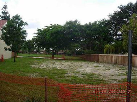 8904 SW 150th Place Cir, Miami, FL 33196