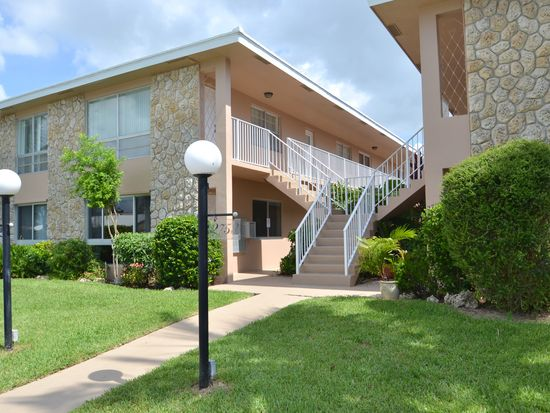 2753 NE 28th St APT 6E, Lighthouse Point, FL 33064