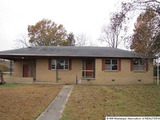 681 Powell St, Coldwater, MS 38618