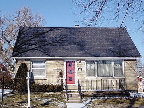 426 Austin St, Downers Grove, IL 60515