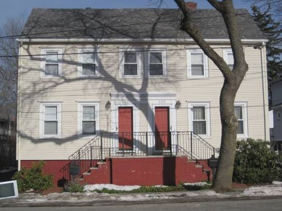 233 Union St, Portsmouth, NH 03801