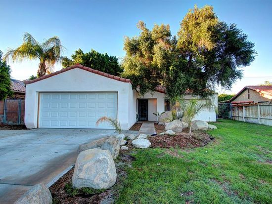 68400 Tortuga Rd, Cathedral City, CA 92234
