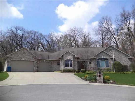 230 Greenfield Dr, Middlebury, IN 46540