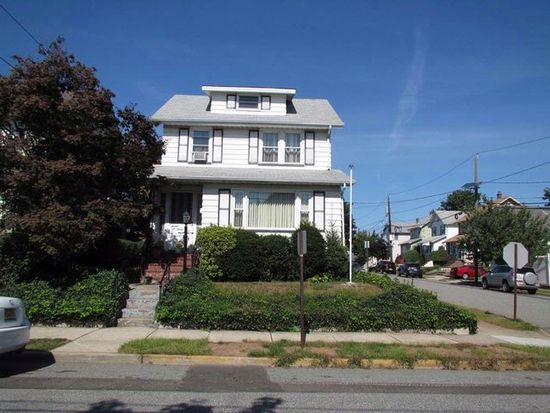 743 6th St, Lyndhurst, NJ 07071