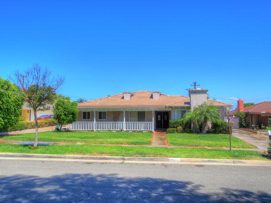 635 Canary Ln, Corona, CA 92879
