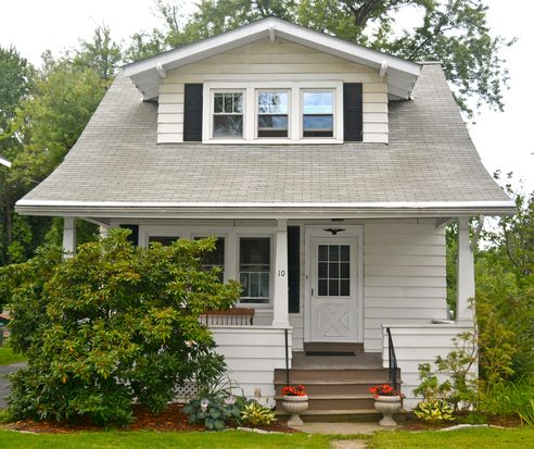 10 Hillview Ave, Rensselaer, NY 12144