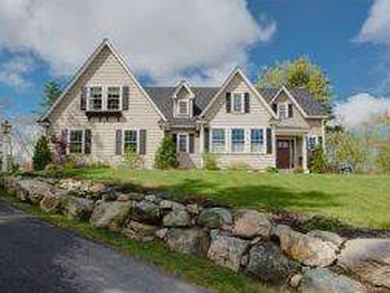 8 Terrys Way, Exeter, NH 03833