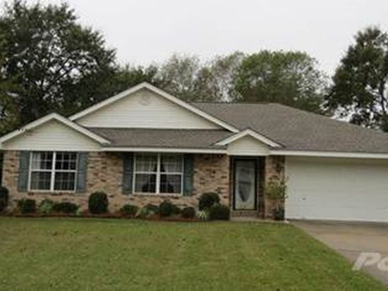 307 Woodbridge Ct, Foley, AL 36535