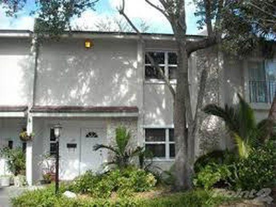 6211 SW 78th St # 2D, South Miami, FL 33143