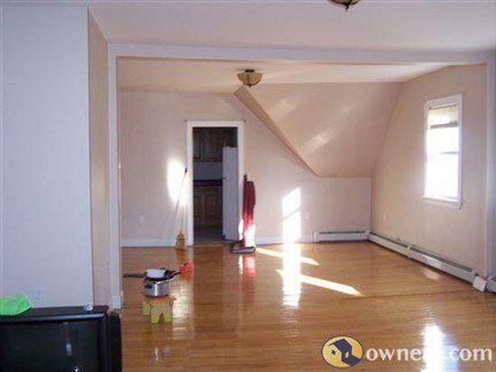 257 High St, Pawtucket, RI 02860