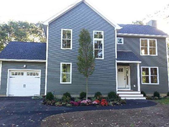 Blue Point Rd, Holtsville, NY 11742