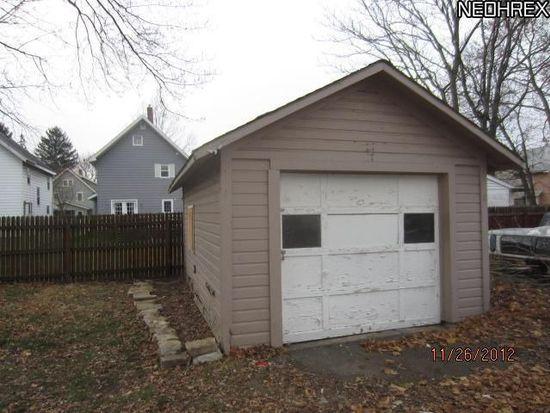 886 Berwin St, Akron, OH 44310