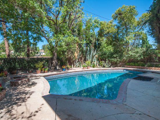 5311 De Roja Ave, Woodland Hills, CA 91364