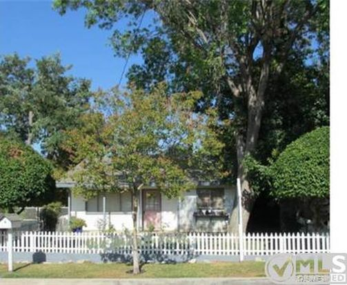 25146 Everett Dr, Newhall, CA 91321