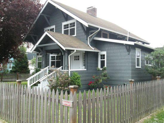 402 W Pine St, Centralia, WA 98531