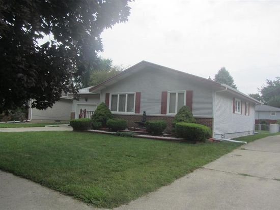 9129 Woodward Ave, Highland, IN 46322