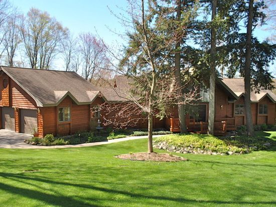 5967 Shore Orchid Dr, Gaylord, MI 49735