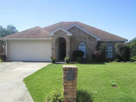 7965 Blue Bonnet Ln, Beaumont, TX 77713