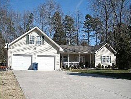 2526 Lakeview Cir, Matthews, NC 28105