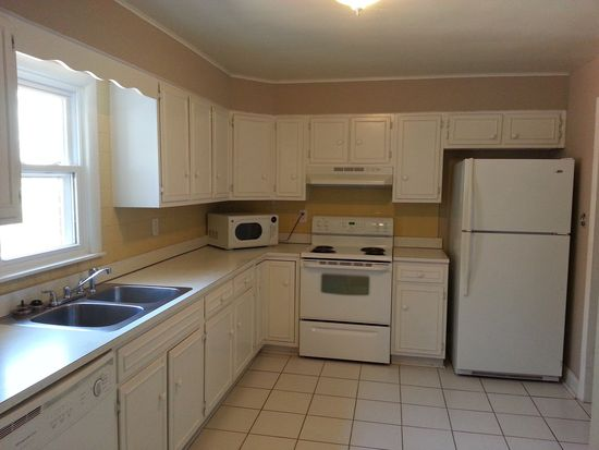 3222 E 48th St, Indianapolis, IN 46205