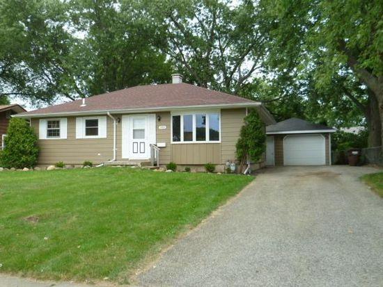 603 Nash Rd, Crystal Lake, IL 60014