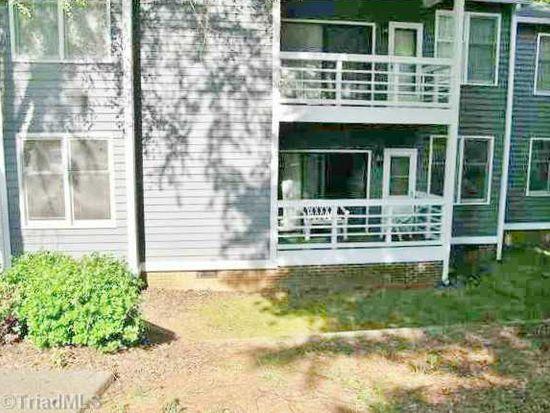 340 Meadows Cir, Winston Salem, NC 27104