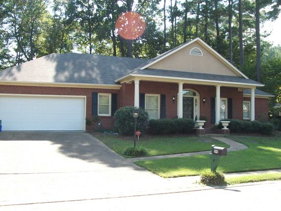 273 Bayview Dr, Madison, MS 39110