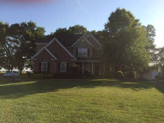 3416 Silver Sun Ct, Bowling Green, KY 42104