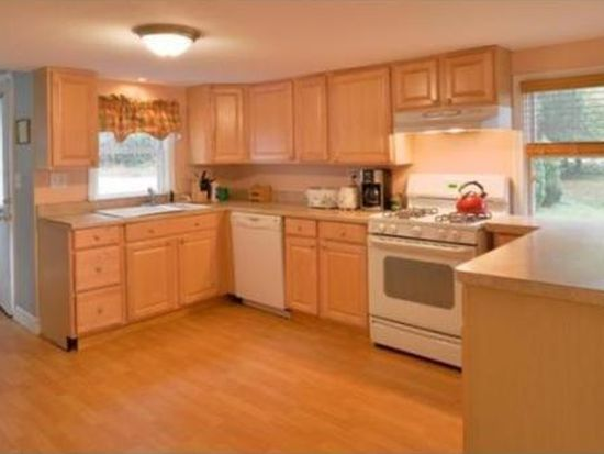 61 Old Jacobs Rd, Georgetown, MA 01833
