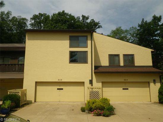 864 Hampton Ridge Dr, Akron, OH 44313