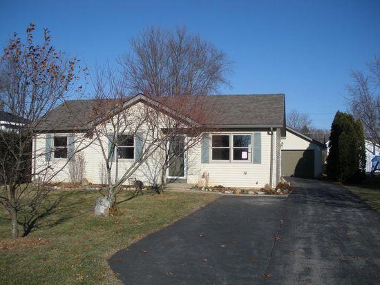 1370 Teakwood Ln, Crystal Lake, IL 60014