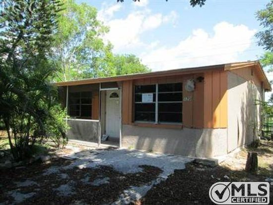 1703 Maple Dr, Fort Myers, FL 33907