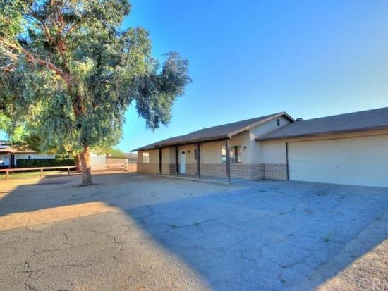 12250 Kenora Rd, Apple Valley, CA 92308