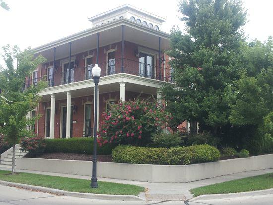 3500 Galt House Dr, Saint Charles, MO 63301