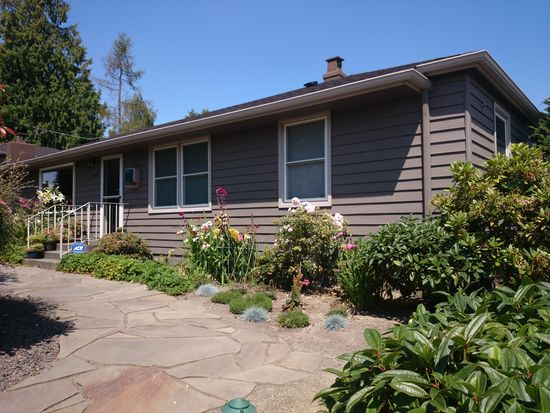 5204 SW Andover St, Seattle, WA 98116