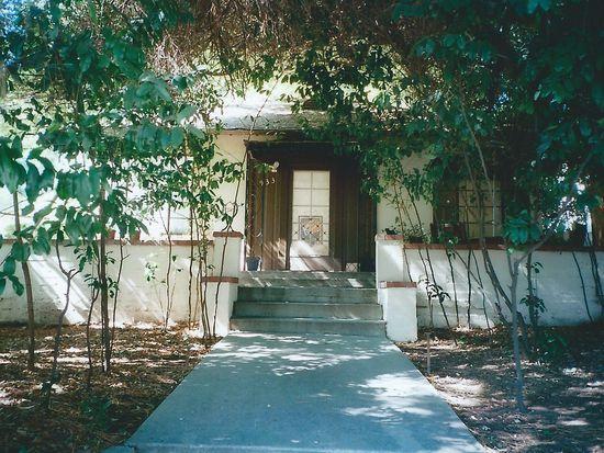 933 E Mariposa St, Altadena, CA 91001