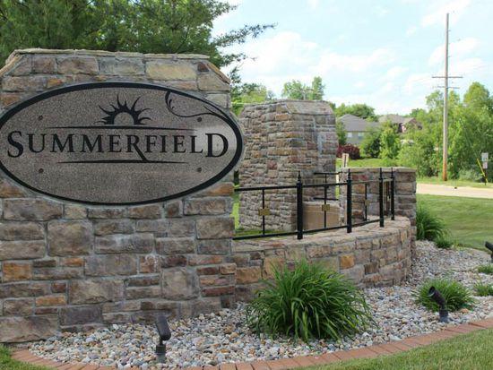 1712 Summerfield Ln, Godfrey, IL 62035