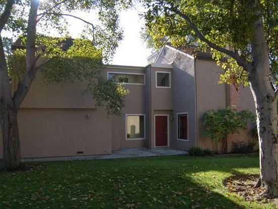 2596 Knightsbridge Ln, Santa Clara, CA 95051