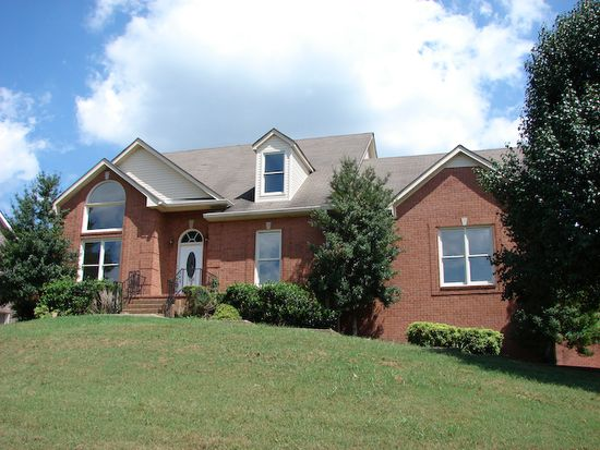 373 Solitude Cir, Goodlettsville, TN 37072