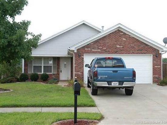301 Savannah Nicole Rd, Jeffersonville, IN 47130