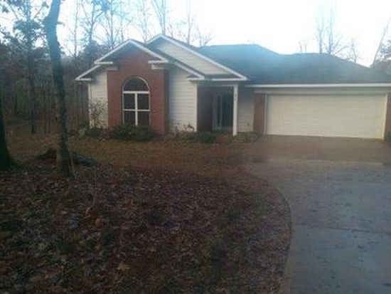 213 S Lake Dr, Ellerslie, GA 31807