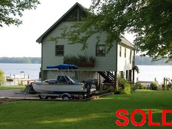 200 Mariners Pointe Rd, Prosperity, SC 29127