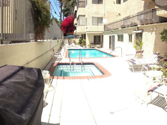 1415 Camden Ave APT 207, Los Angeles, CA 90025