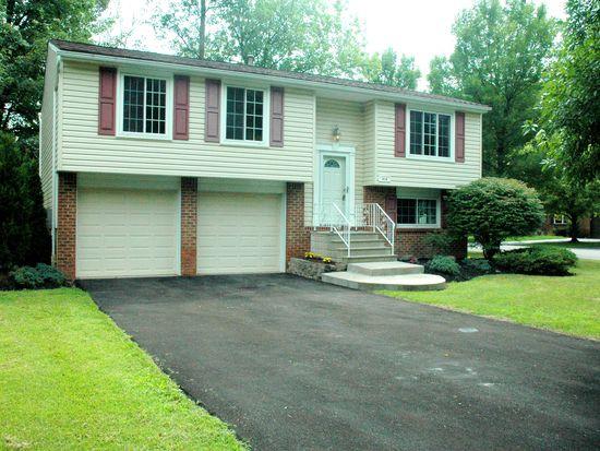 414 Greengage Cir, East Amherst, NY 14051