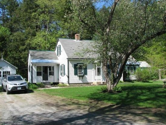 27 Ainsworth Rd, Claremont, NH 03743