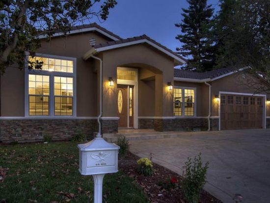 675 Casita Way, Los Altos, CA 94022