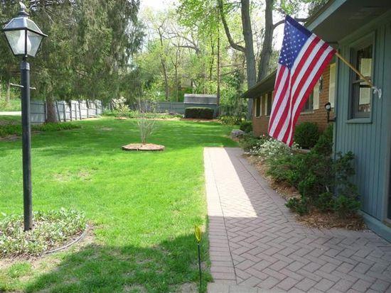 2996 Appleway, Ann Arbor, MI 48104