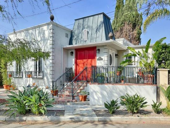 8973 Lloyd Pl, Los Angeles, CA 90069