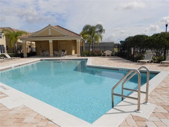 9313 Shepton St, Orlando, FL 32825