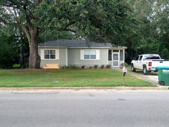 2901 Bellview Ave, Moss Point, MS 39563